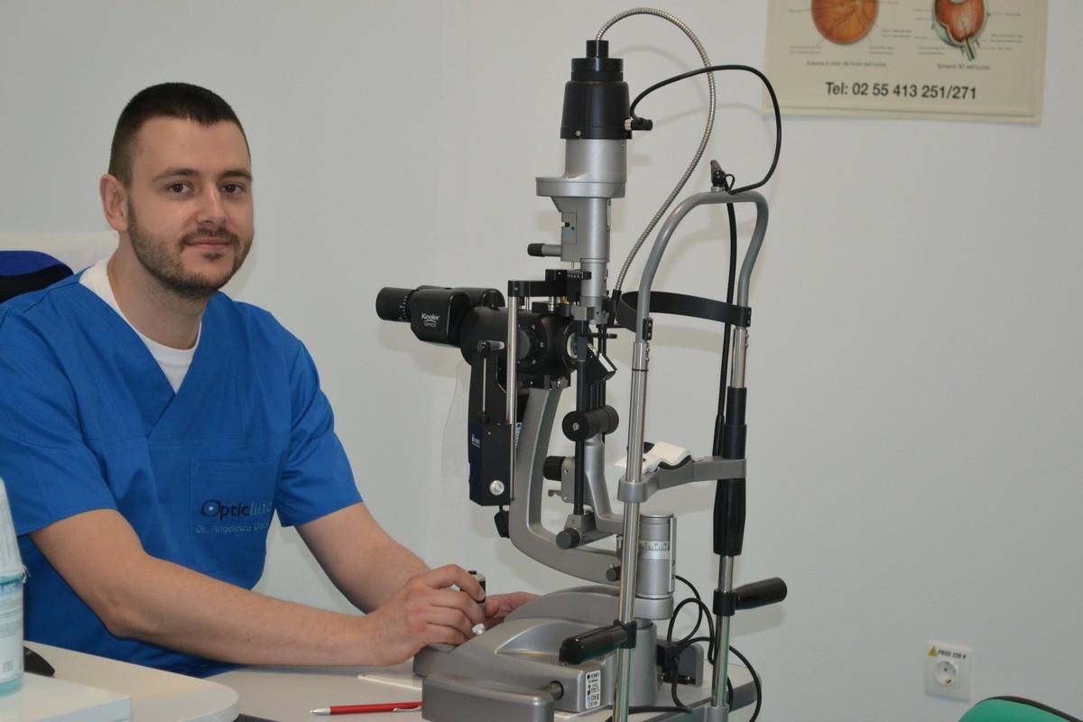Dr. Daniel Angelescu
